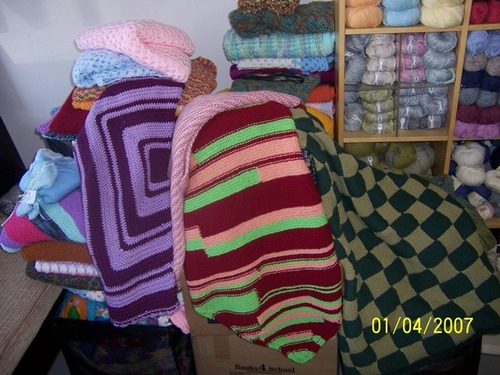 Blankets Donated for Harvest Home & LA County Hospital's NICU